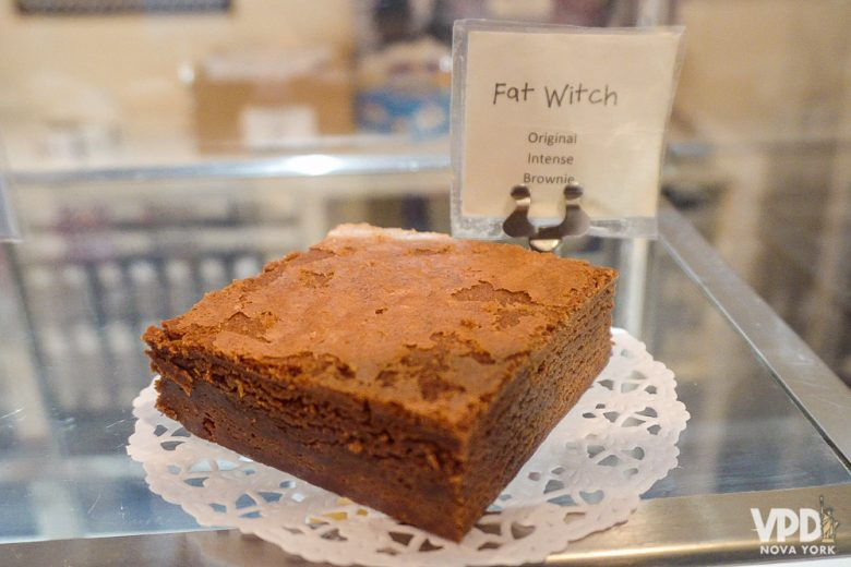 Foto do brownie tradicional da Fat Witch